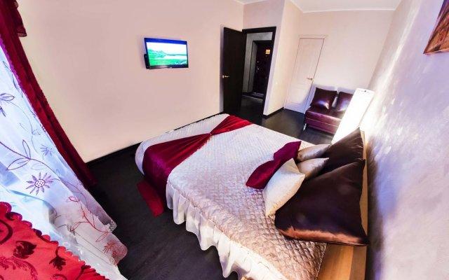 Home Hotel Na Ulitse Revolyutsii комната для гостей