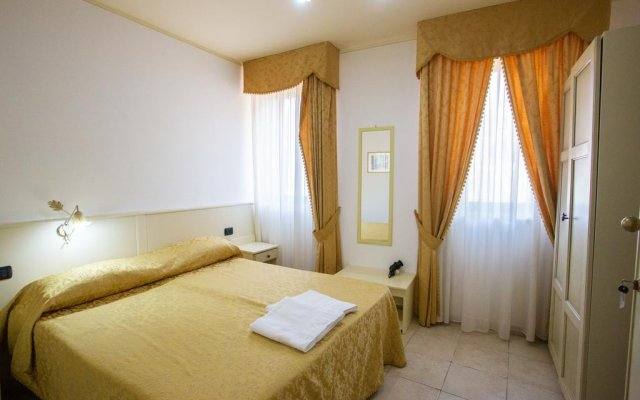 Отель B & B La Rosa dei Venti Scalea Скалея комната для гостей