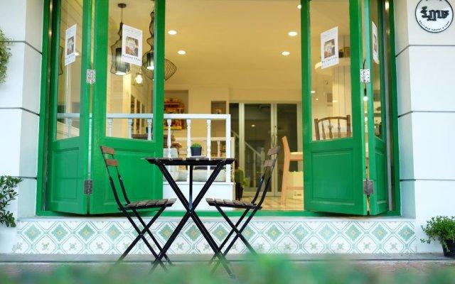 Ratana Boutique Hostel вид на фасад