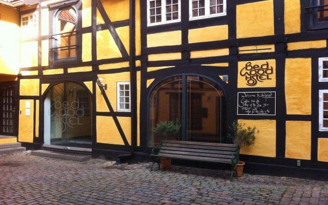Отель Bedwood Hostel Дания, Копенгаген - 5 отзывов об отеле, цены и фото номеров - забронировать отель Bedwood Hostel онлайн вид на фасад