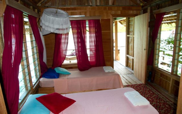 Oravae Island Cottages in Kukundu, Solomon Islands from 297$, photos, reviews - zenhotels.com guestroom