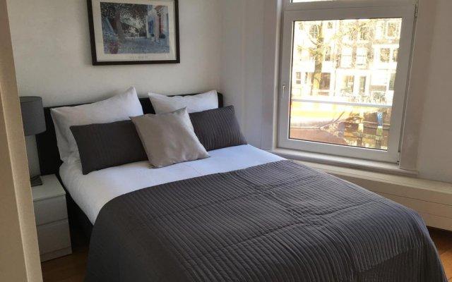 Отель Bridge Inn Нидерланды, Амстердам - отзывы, цены и фото номеров - забронировать отель Bridge Inn онлайн комната для гостей