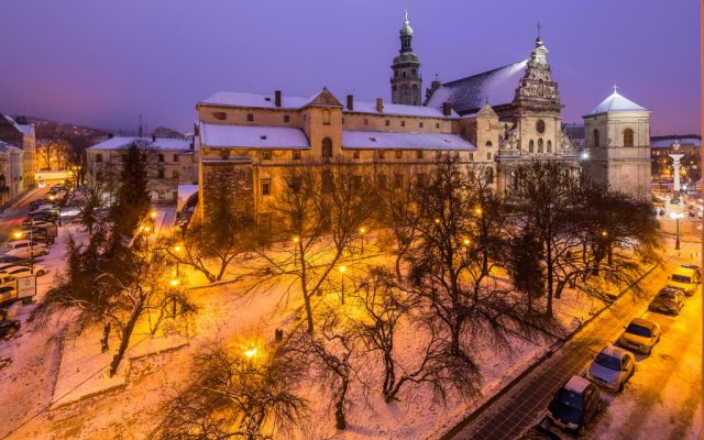 Гостиница Historical Center of Lviv вид на фасад