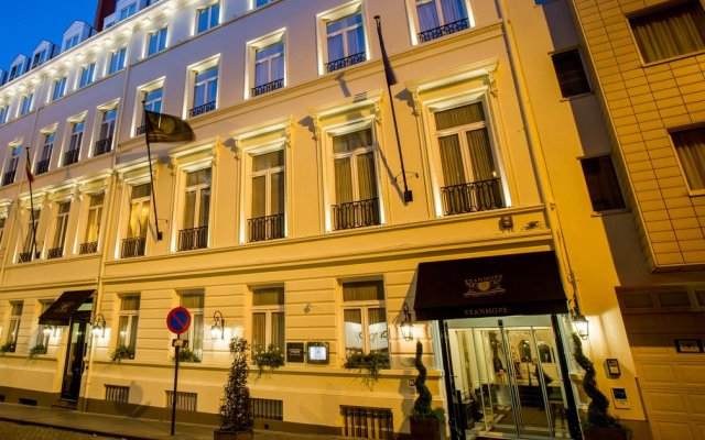 Stanhope Hotel Brussels by Thon Hotels вид на фасад