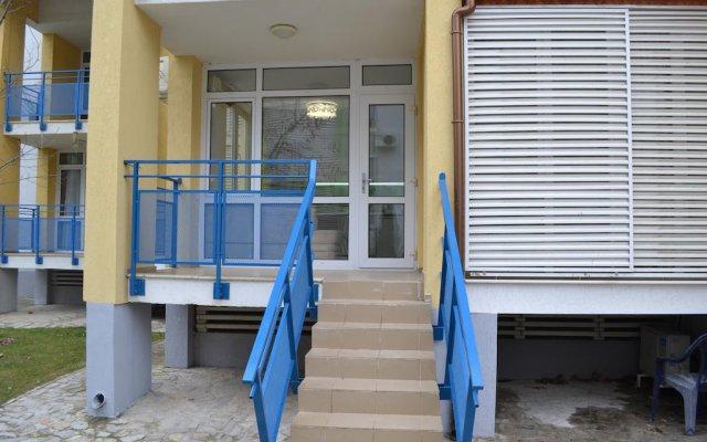Апартаменты Peevi Apartments Солнечный берег вид на фасад