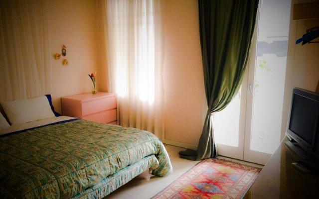 Отель Bed & Breakfast Don Carlos Италия, Сан-Мартино-ди-Лупари - отзывы, цены и фото номеров - забронировать отель Bed & Breakfast Don Carlos онлайн комната для гостей
