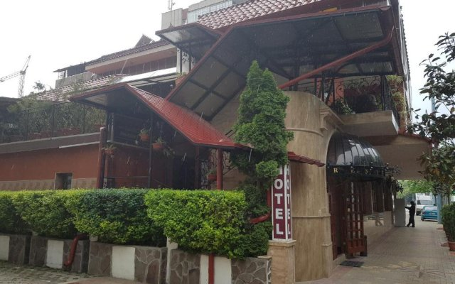 Глобус Отель