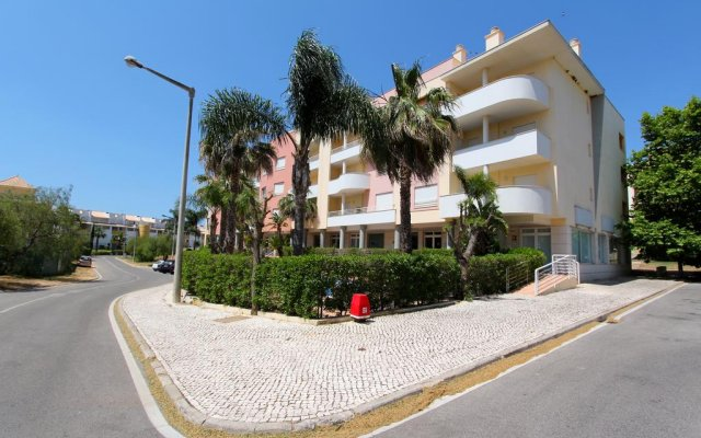 Отель Antelius CD 82 вид на фасад