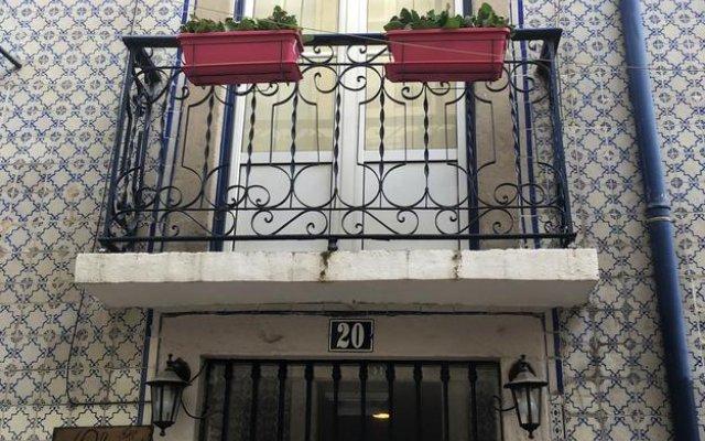 Отель Casa dos Mastros вид на фасад