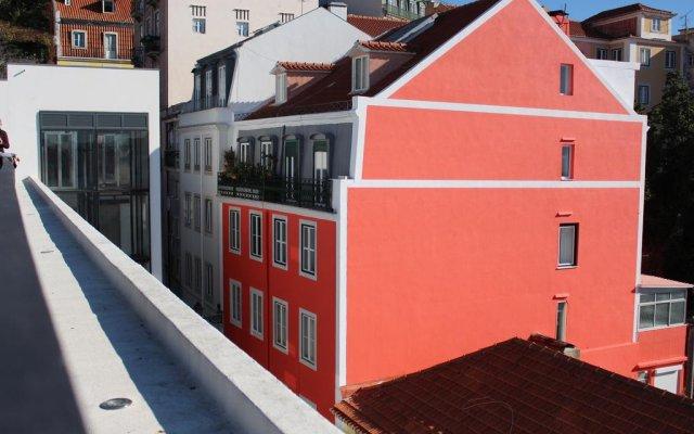 Отель Wiigo Lisbon вид на фасад