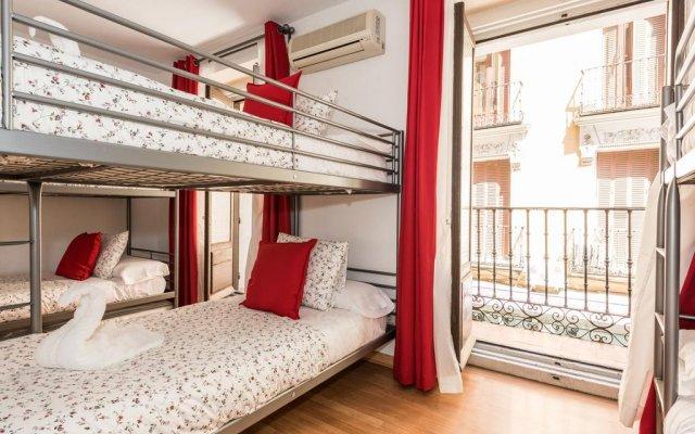 Апартаменты Apartment La Latina Мадрид комната для гостей