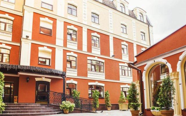Гостиница Подол Плаза вид на фасад