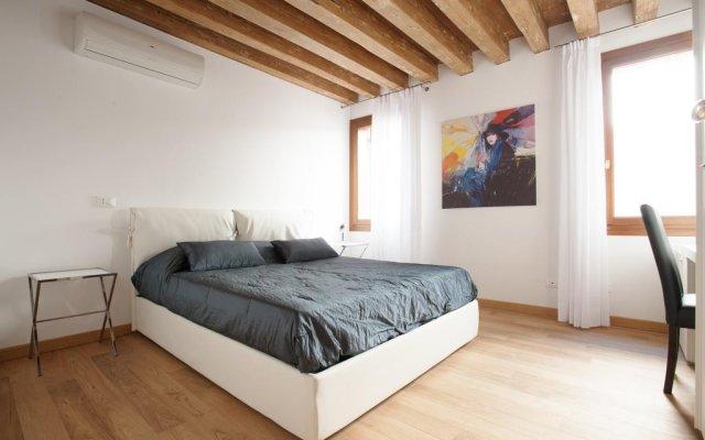 Отель The Lion's House APT1 Италия, Венеция - отзывы, цены и фото номеров - забронировать отель The Lion's House APT1 онлайн комната для гостей