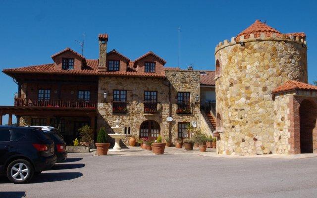 Hotel Rural Posada El Solar вид на фасад