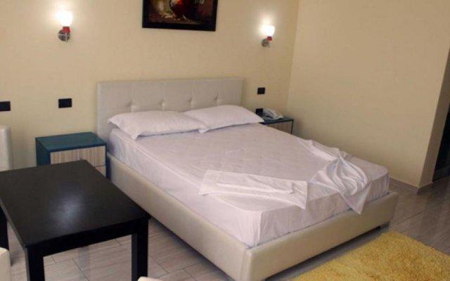 Aurelis Hotel 2