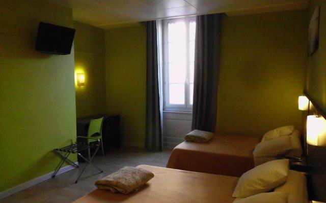 Отель Du Dauphine Франция, Лион - отзывы, цены и фото номеров - забронировать отель Du Dauphine онлайн комната для гостей