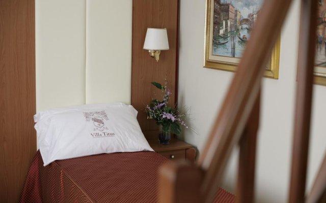 Отель Villa Titus Гаттео-а-Маре комната для гостей