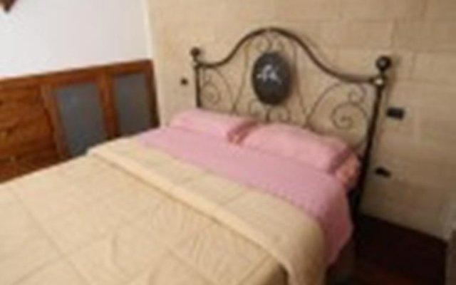 Отель Suite Corte dei Giugni Лечче комната для гостей