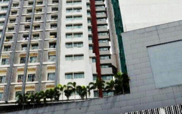 Отель Taragon Residences балкон