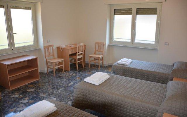 Отель Madre Chiara Domus комната для гостей