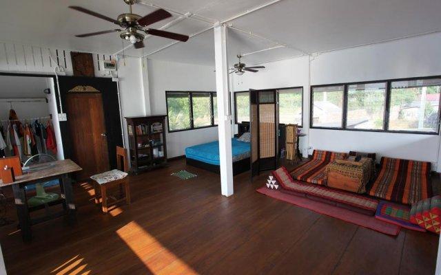 Отель The Ganesh House on the Sea комната для гостей