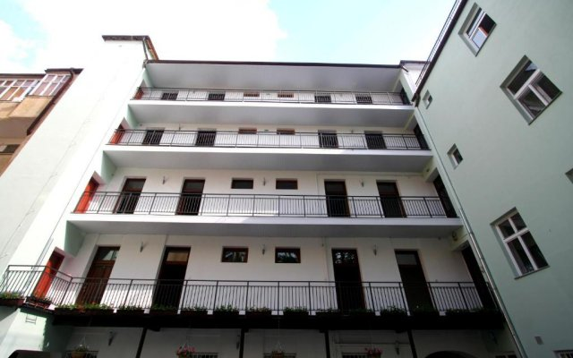 Отель Aparthotel Susa вид на фасад