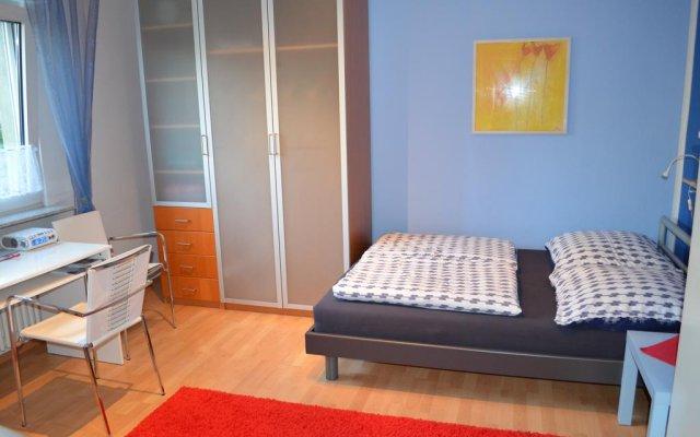 Отель Quartier Ostheim Кёльн комната для гостей