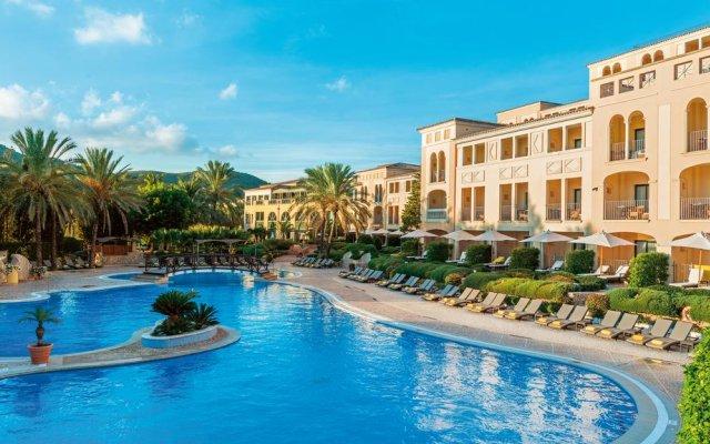 Отель Steigenberger Golf & Spa Camp de Mar бассейн