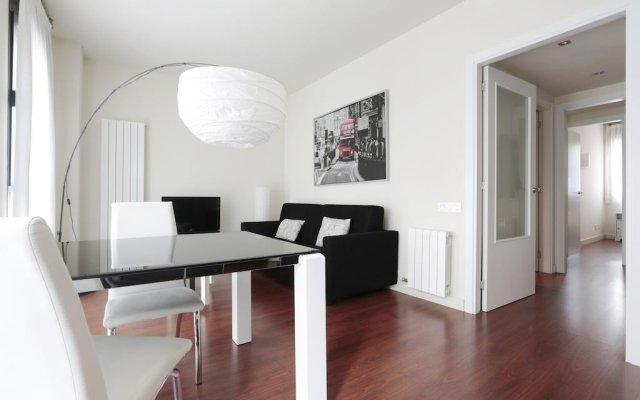 Отель Hva Augusta Garden Apartments Испания, Барселона - отзывы, цены и фото номеров - забронировать отель Hva Augusta Garden Apartments онлайн комната для гостей