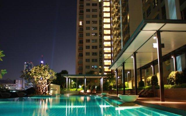 Отель LPN Rama9 - Ratchada by Eden Condo Таиланд, Бангкок - отзывы, цены и фото номеров - забронировать отель LPN Rama9 - Ratchada by Eden Condo онлайн бассейн