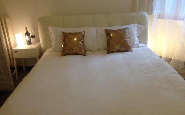 Отель St. John Apartment Италия, Рим - отзывы, цены и фото номеров - забронировать отель St. John Apartment онлайн комната для гостей