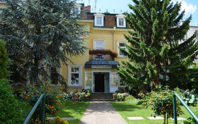 Отель Jäger Австрия, Вена - отзывы, цены и фото номеров - забронировать отель Jäger онлайн вид на фасад