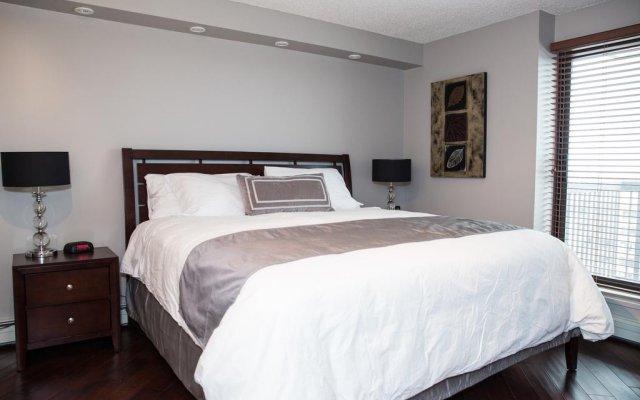 Отель Obasa Suites Saskatoon комната для гостей