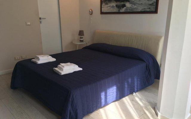 Отель La Casa di Matteino Генуя комната для гостей