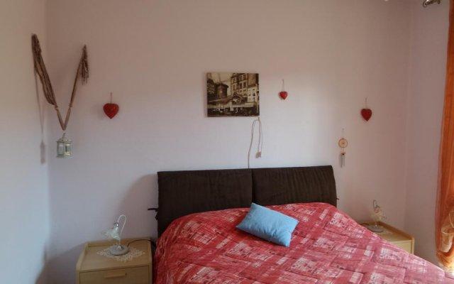 Отель alloggio azzurro Аоста комната для гостей