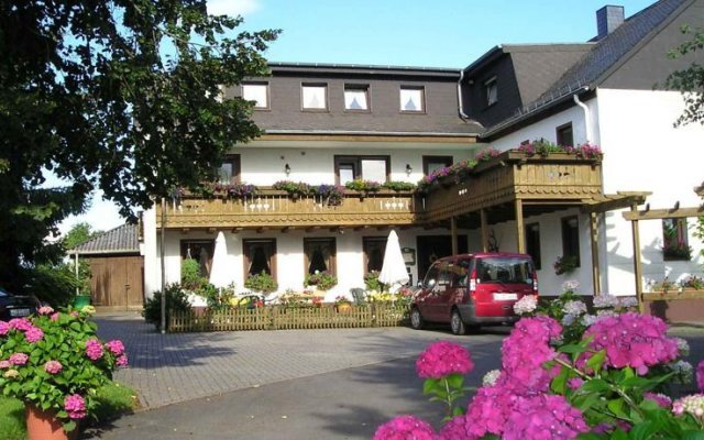 hotel-pension am wäldchenborn, cochem, germany | zenhotels