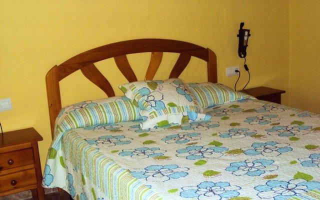 Отель Complejo Rural Entre Pinos Испания, Вехер-де-ла-Фронтера - отзывы, цены и фото номеров - забронировать отель Complejo Rural Entre Pinos онлайн комната для гостей