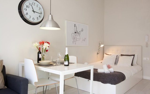 Апартаменты Centric Apartment National Palace Барселона комната для гостей