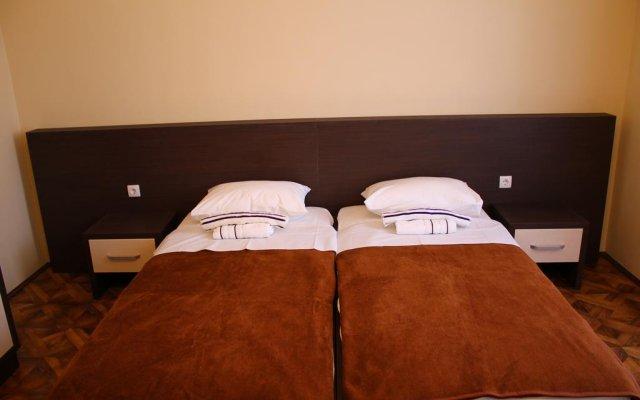 Отель Crystal Lux комната для гостей