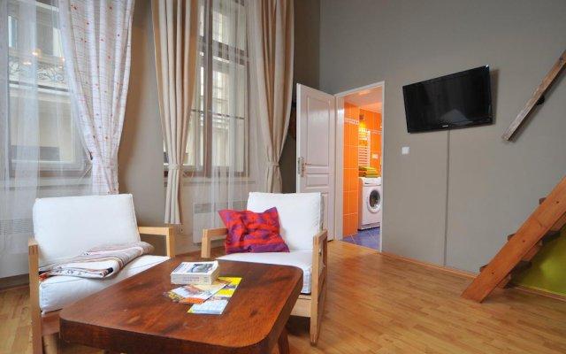 Отель Hastal Gallery Прага комната для гостей