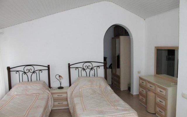 Отель Fairways Villas комната для гостей