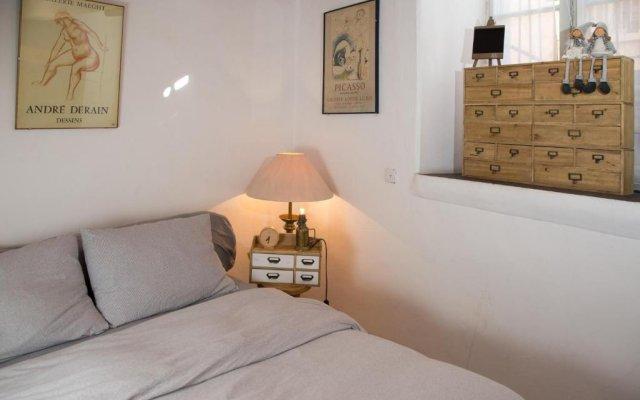 Heleni HaMalka Apartment Израиль, Иерусалим - отзывы, цены и фото номеров - забронировать отель Heleni HaMalka Apartment онлайн комната для гостей