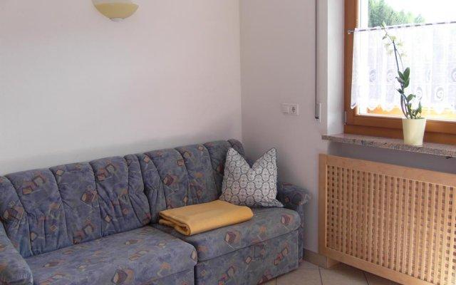 Отель Thalerhof Сцена комната для гостей