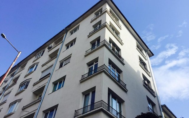Отель Premier Suite Sofia вид на фасад