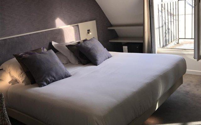 Отель Hôtel Jacques De Molay комната для гостей
