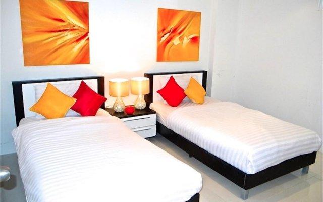 Отель Sunset Plaza Karon 2 bedrooms Nice Sea View комната для гостей