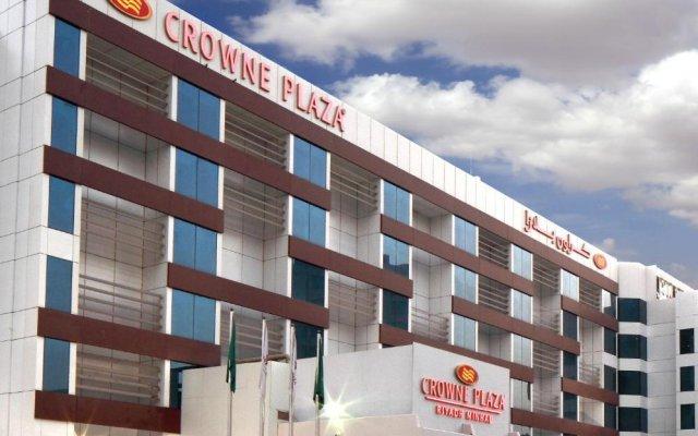 Отель Crowne Plaza Riyadh Minhal Саудовская Аравия, Эр-Рияд - отзывы, цены и фото номеров - забронировать отель Crowne Plaza Riyadh Minhal онлайн вид на фасад