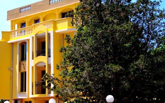 Отель Guest House Vienna вид на фасад