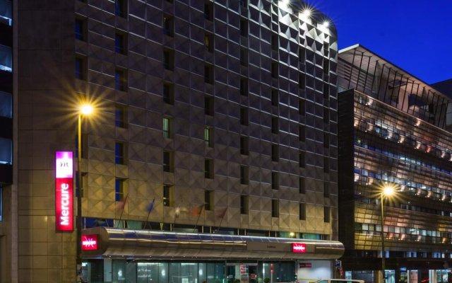 Mercure Lisboa Hotel вид на фасад
