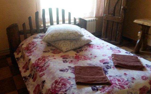 Гостиница Sadyba Viktor Украина, Волосянка - отзывы, цены и фото номеров - забронировать гостиницу Sadyba Viktor онлайн комната для гостей